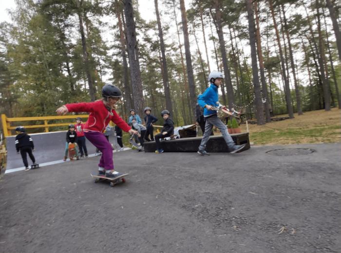 """""""Skateparkų"""" fenomenas: sportas, padedantis vaikams atsigauti po karantino"""